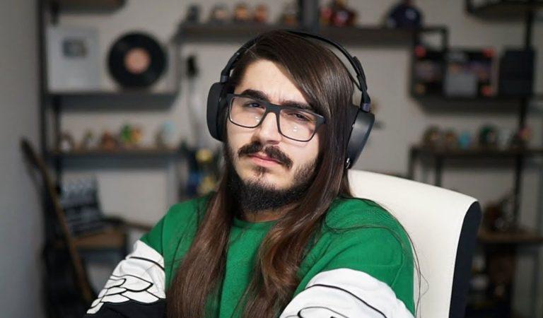 Twitch Yayıncısı; Yanlışlıkla Rota'nın Çıkmamış Şarkısını Dinletiyor