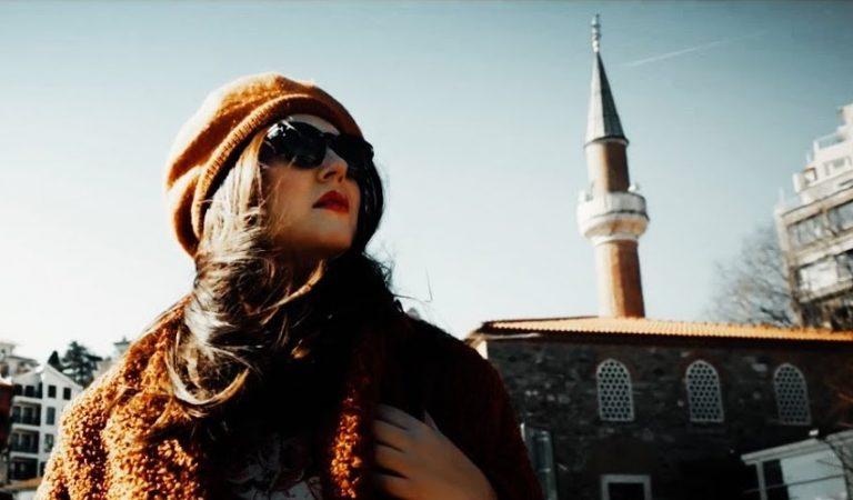 Tuğçe Kandemir Elalem Klibi YouTube'ta!