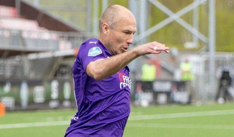 37 yaşındaki Arjen Robben, EURO 2020'de Hollanda forması giymek istiyor