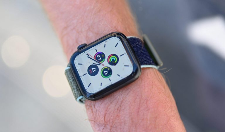 Apple Watch 6 serisi de kandaki oksijeni ölçecek