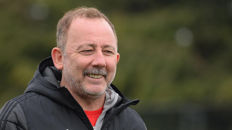 Beşiktaş Teknik Direktörü Sergen Yalçın'dan önemli açıklamalar! Kontrat, Ghezzal, Ozan Tufan…