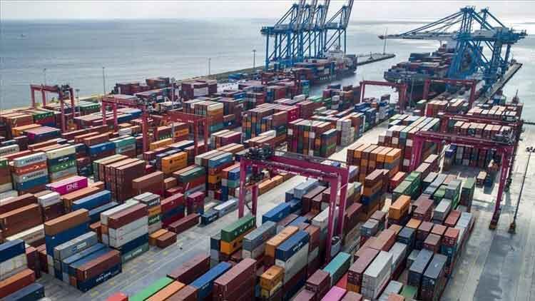 Dış ticaret açığı Ocak'ta yüzde 32.8 azaldı