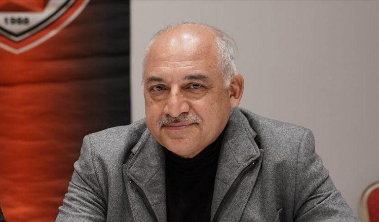 Gaziantep FK başkanı Büyükekşi, görevini Cevdet Akınal'a devredecek