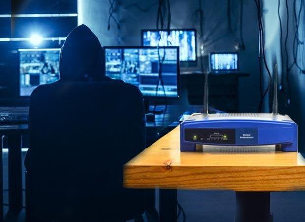 Hackerların kolay hedefi: Modemler… Telefona, yatak odasındaki TV'ye girebilirler!