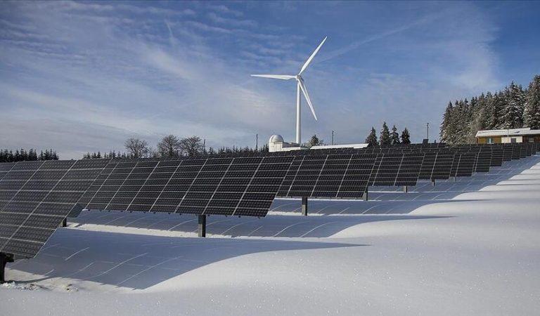 İklim değişikliği ile mücadelede her yıl 4,4 trilyon dolar temiz enerji yatırımı gerekiyor
