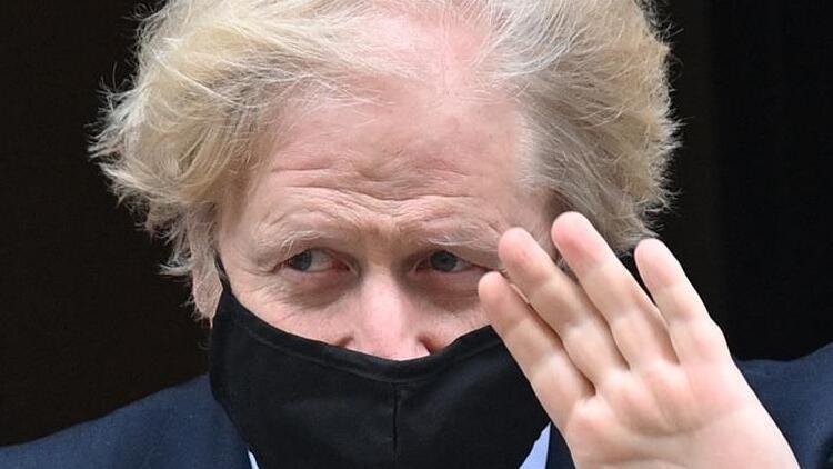 İngiltere Başbakanı, Oxford-AstraZeneca Kovid-19 aşısını savundu