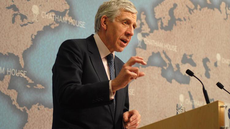 İngiltere eski Dışişleri Bakanı Straw'dan çarpıcı açıklama: Londra KKTC'yi tanıma yolunda adım atmalı!