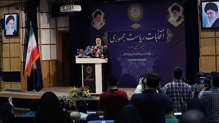 İran'da cumhurbaşkanlığı yarışı: 592 kişiden sadece 7'si adaylık izni aldı