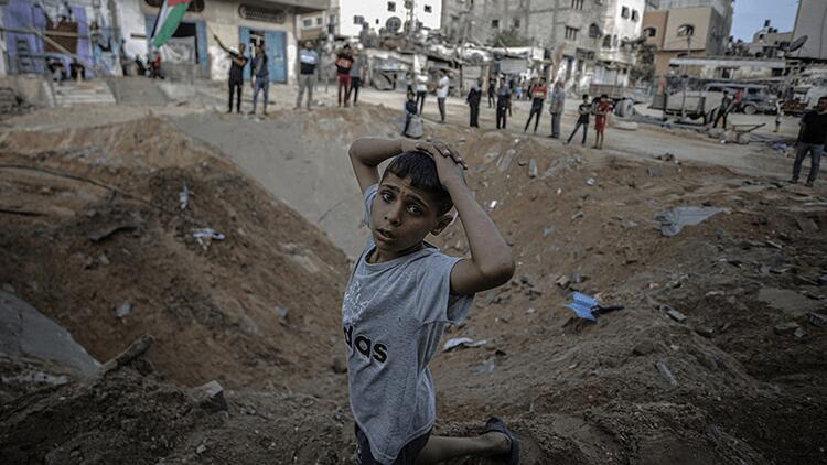 İsrail'in saldırdığı Gazze'de kovid-19 alarmı!