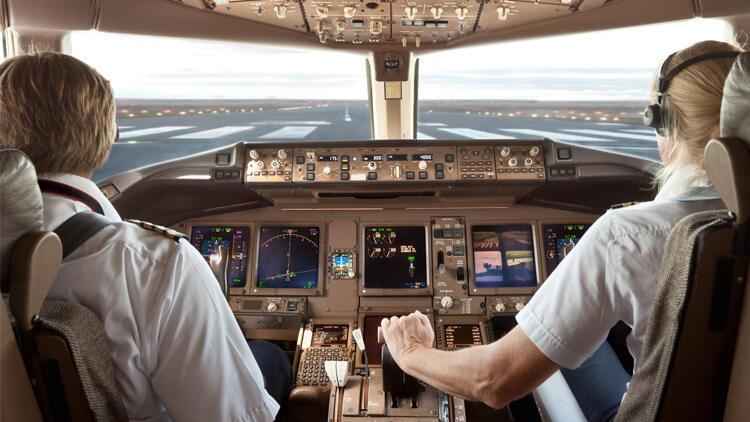 İşten çıkarılan pilotlara servet kıymetinde tazminat