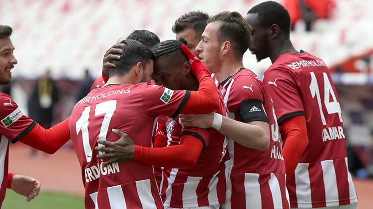 Sivasspor 3 – 1 Konyaspor (Maç özeti)