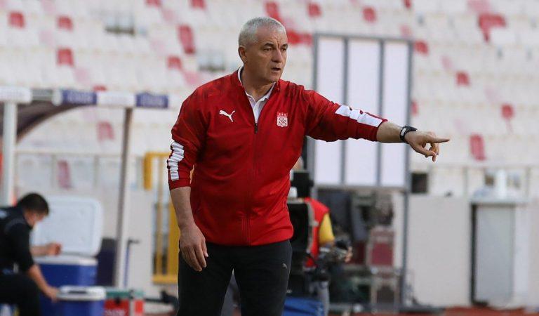 Sivasspor Teknik Direktörü Rıza Çalımbay'dan UEFA Avrupa Konferans Ligi açıklaması