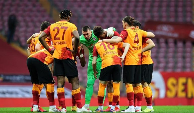 Son dakika: Galatasaray'da 171 milyonluk operasyon! 8 isim gidiyor…