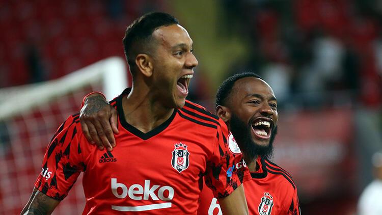 Son Dakika: Türkiye Kupası'nda şampiyon Beşiktaş! Antalyaspor 2 golle yıkıldı